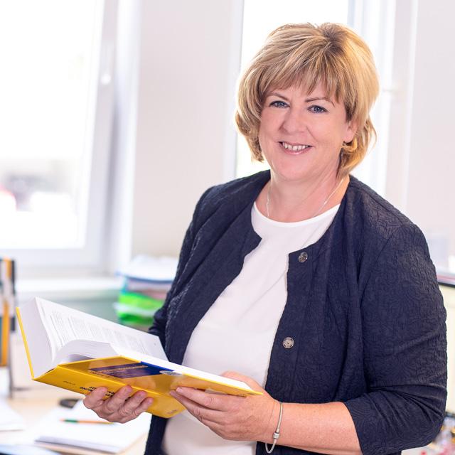Die APP Steuerberatung GmbH stellt vor: Elfriede Fercher - Personalverrechnerin