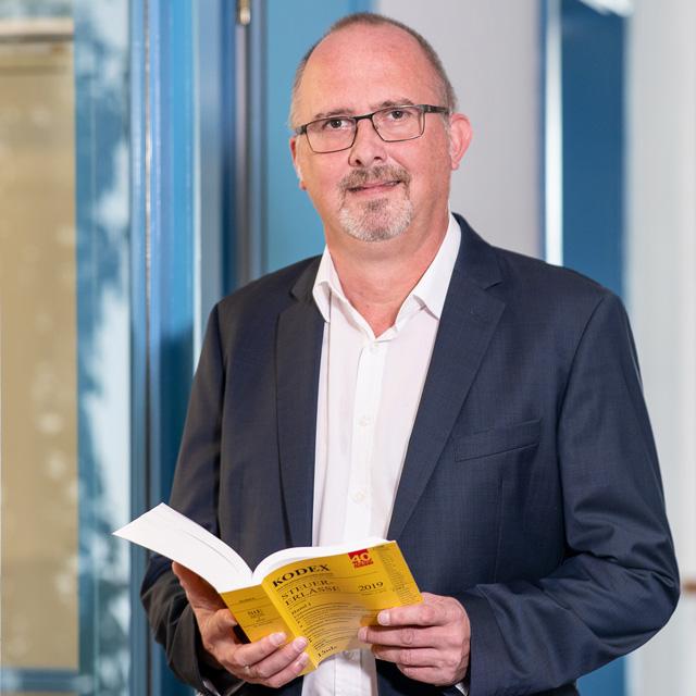 Die APP Steuerberatung GmbH stellt vor: Mag (FH) Winfried Doninger - Steuerberater