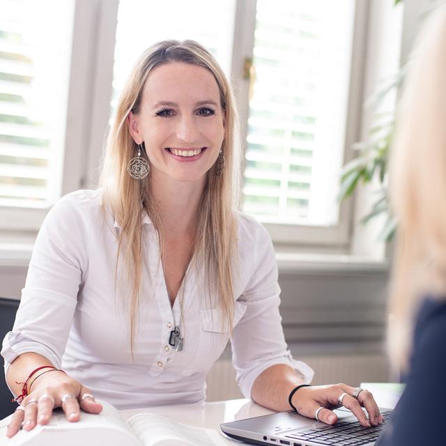Die APP Steuerberatung GmbH stellt vor: Mag (FH) Susanne Steinort - Berufsanwärterin Steuerberater
