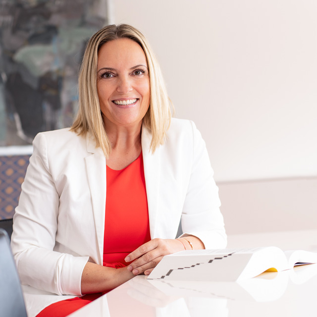 Die APP Steuerberatung GmbH stellt vor: Mag Silvia Ronacher - Berufsanwärterin Steuerberater
